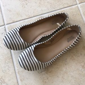 Mossimo striped flats